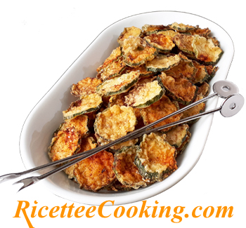 Chips di zucchine al forno