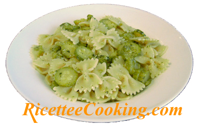 Farfalline con zucchine