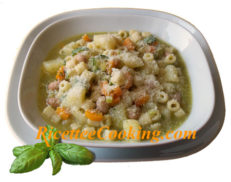 Minestrone con pesto ligure