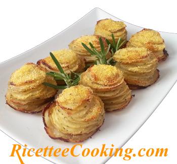 Tortini sfogliati di patate