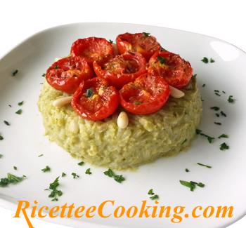 Risotto con crema di zucchine e pomodorini confit