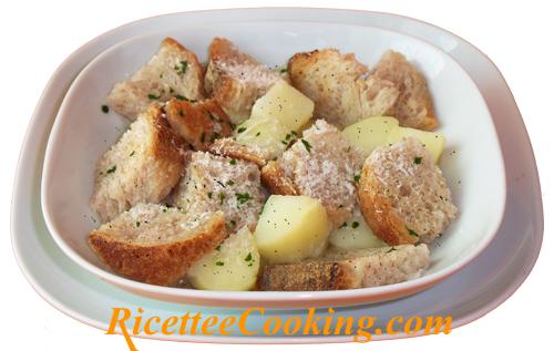 Zuppa di pane e patate